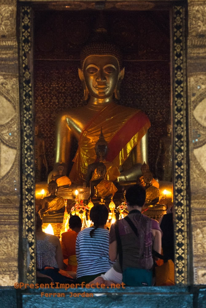 Pray at Luang Prabang